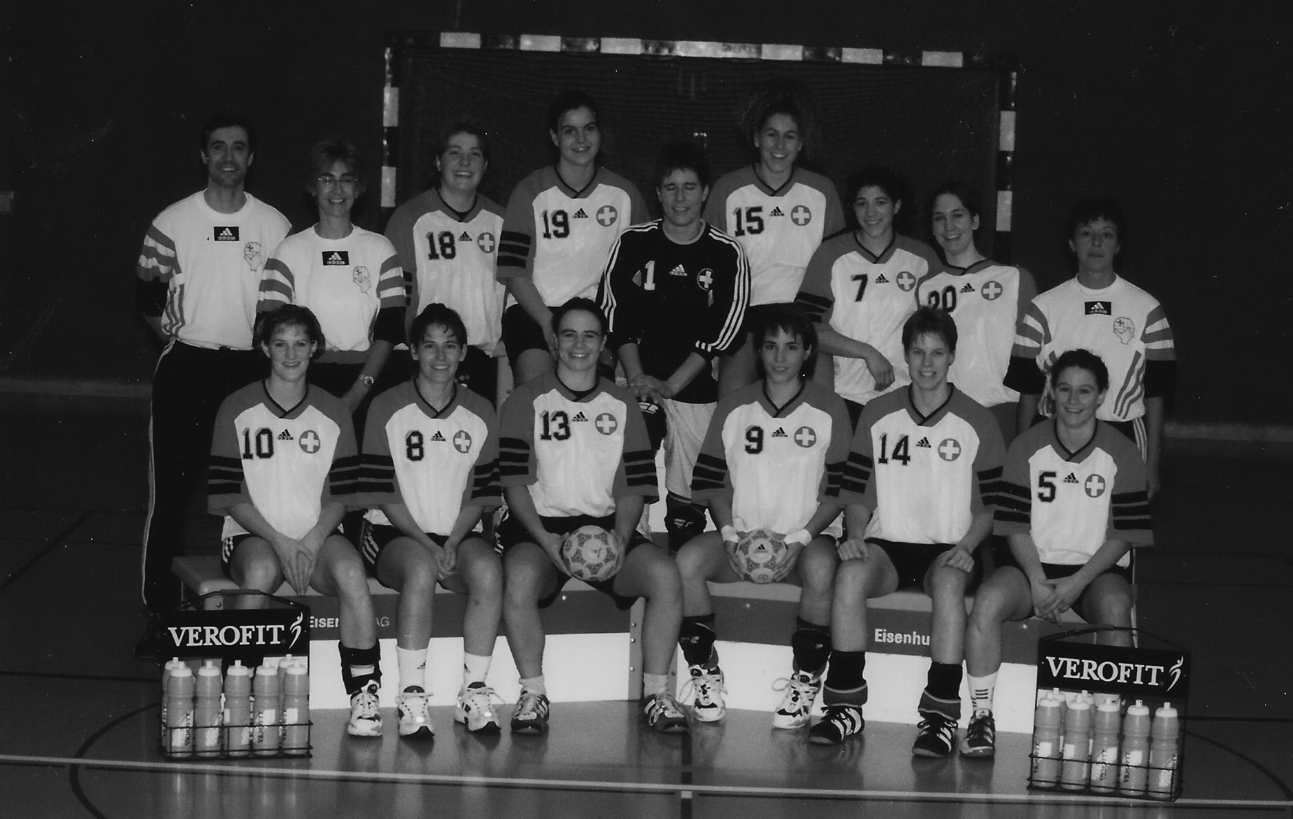 1999 Teamfoto A-Nati Frauen in Luzern